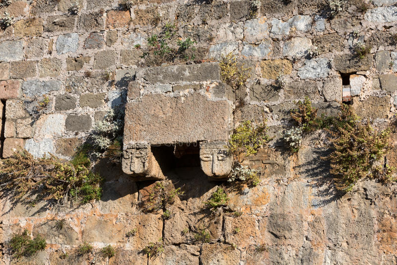 Kizil Kule或红色塔Architecural deatail在阿拉尼亚 免版税图库摄影