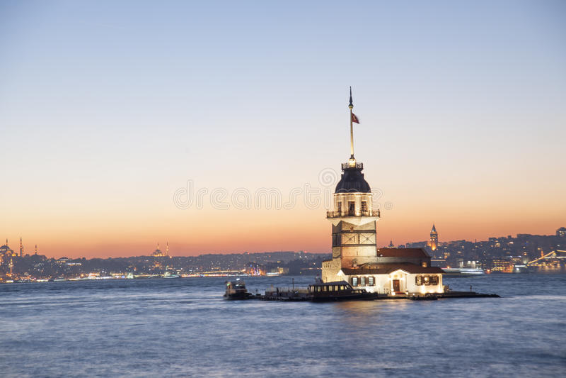 Kizkulesi (de toren van het meisje) stock afbeelding