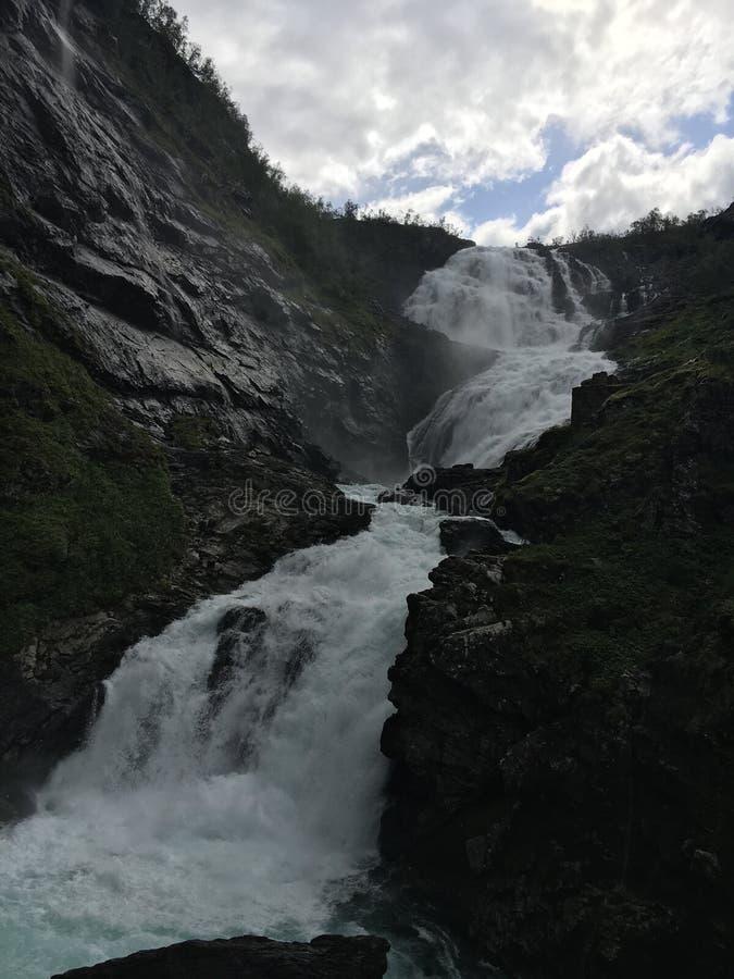 Kjossfossen瀑布在挪威 库存照片