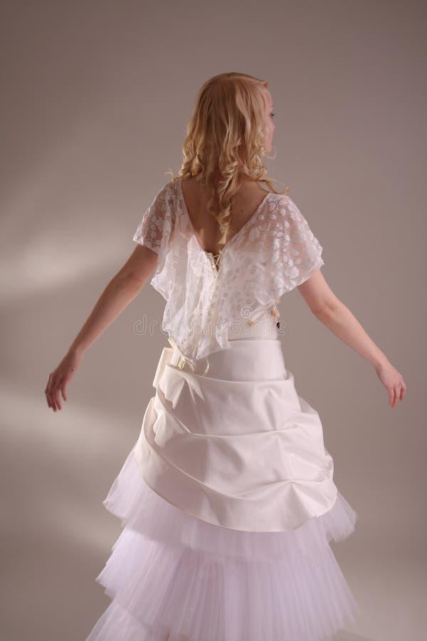 klänningbröllopkvinna royaltyfria bilder