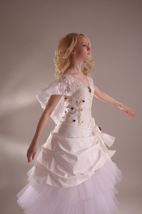 klänningbröllopkvinna royaltyfri fotografi