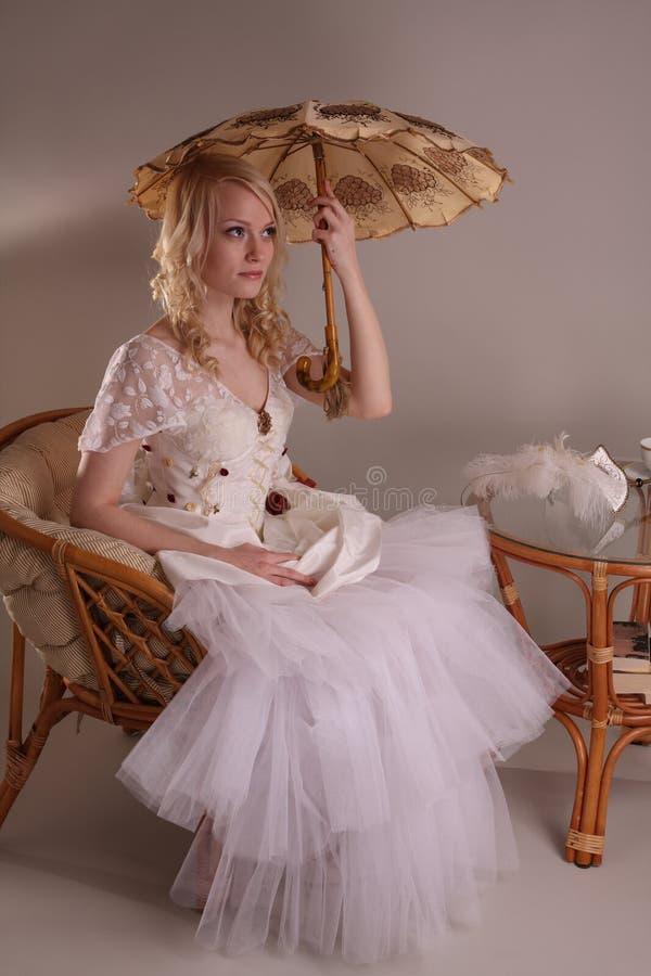 klänningbröllopkvinna royaltyfri bild
