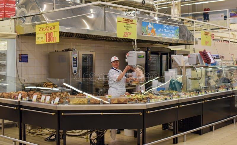 Klaar maaltijd in een supermarkt royalty-vrije stock afbeelding