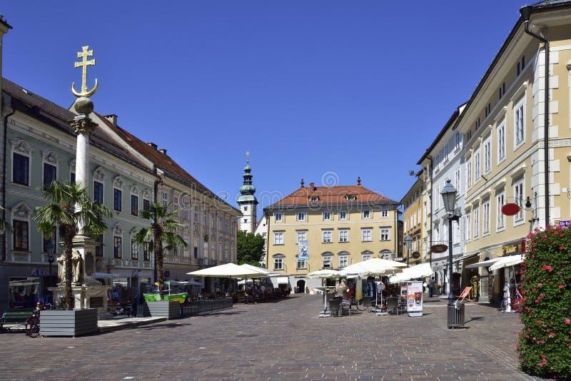 Klagenfurt, Austria en verano fotos de archivo