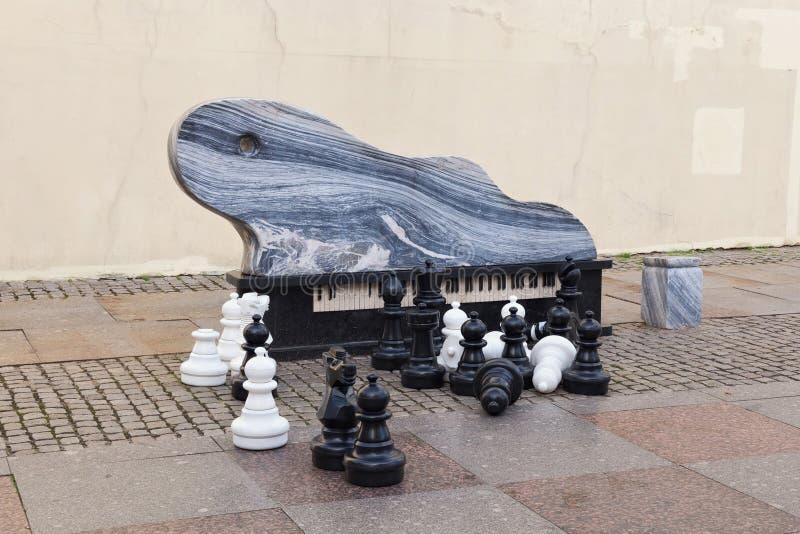 KLAIPEDA LITHUANIA, WRZESIEŃ, - 22, 2018: Uroczystego pianina składu rzeźba znać jak Bałtycką falę obraz stock