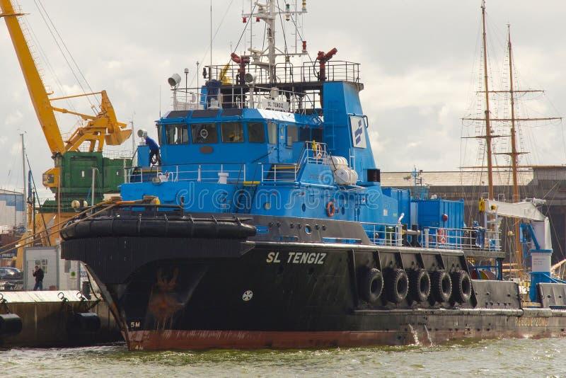 KLAIPEDA, LITUANIA - 22 DE SEPTIEMBRE DE 2018: Buque costero de la fuente conocido como SL TENGIZ imagenes de archivo