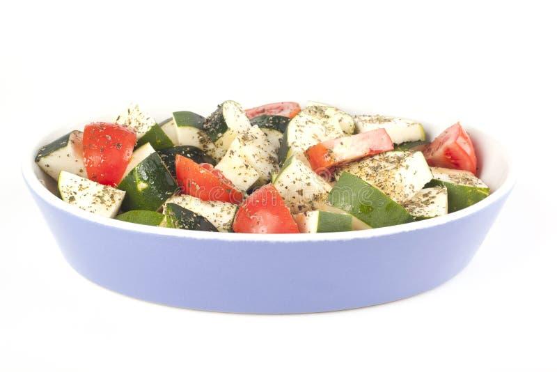klar stekhet skivad tomat för zucchini royaltyfri bild