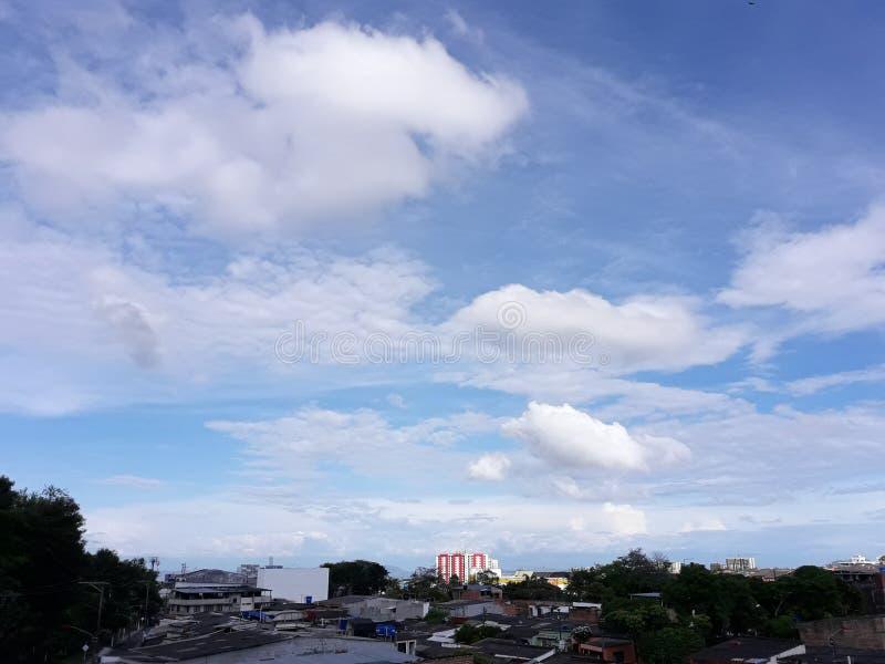 Klarer Himmel stockbilder