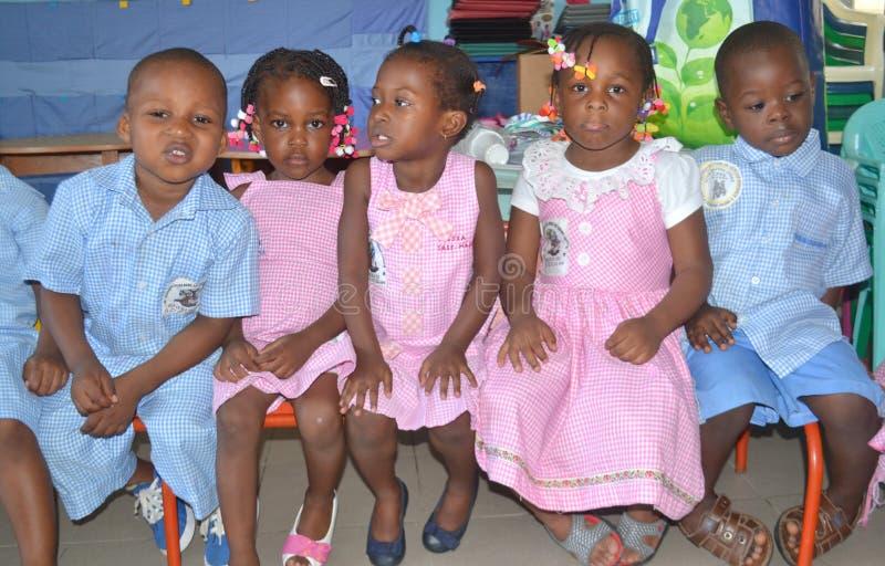 Klaslokaalkinderen stock foto's