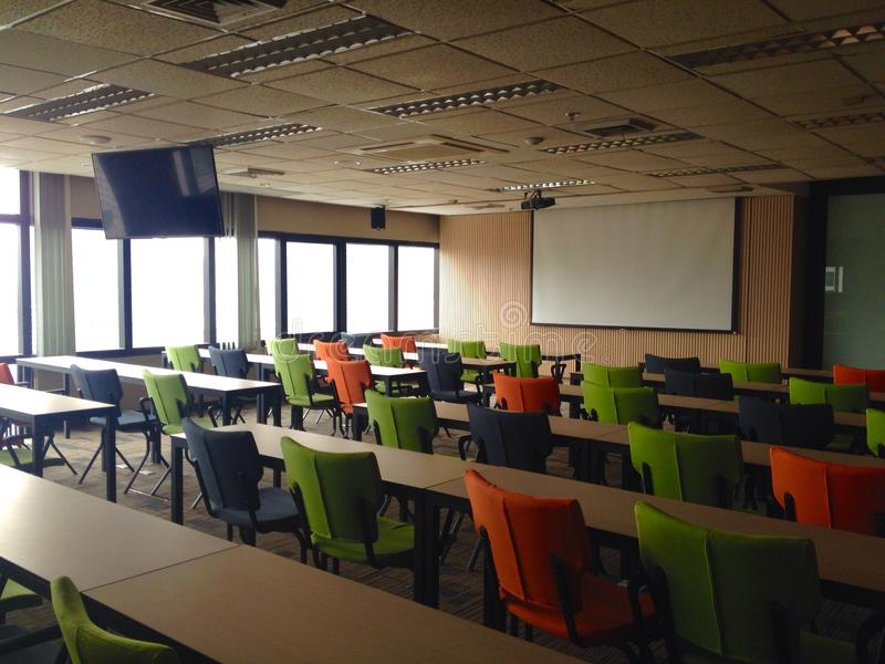 Klassenzimmer in Thailand lizenzfreies stockbild