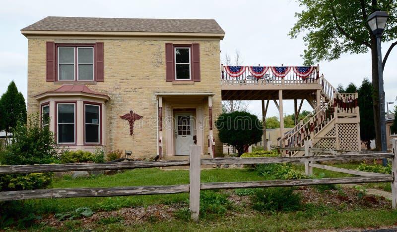 Klassiek baksteenhuis stock foto