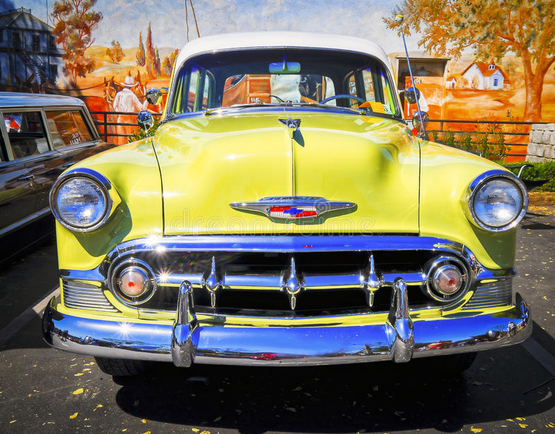 Klassiek Geel Chevrolet, Rod Run Temecula stock foto