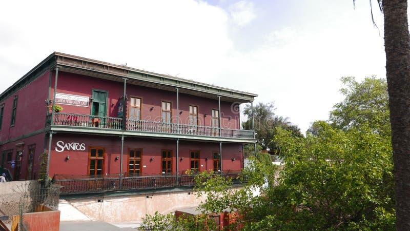 Klassiek herenhuis die als restaurant in het district van Barranco beatnik van Lima functioneren stock afbeeldingen