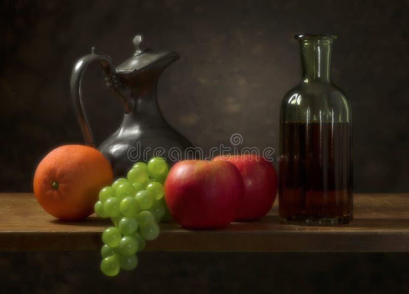Klassiek stilleven met fruit royalty-vrije stock foto