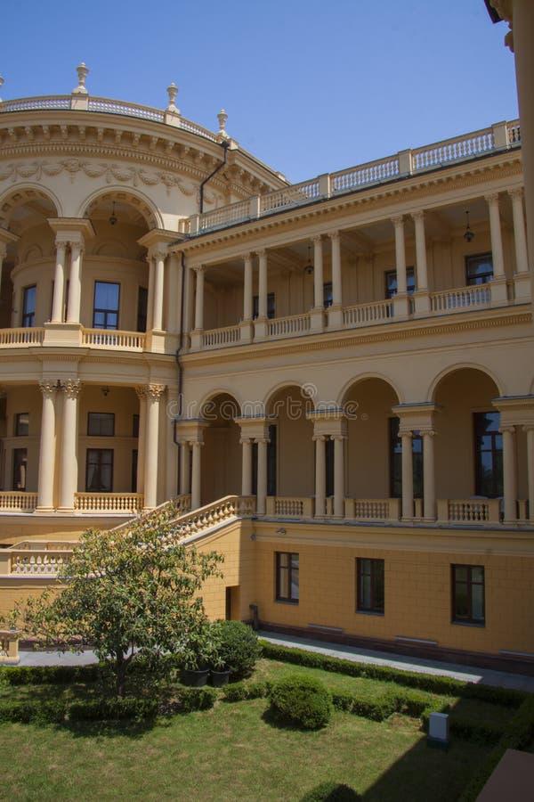 Klassieke arcitecturevilla royalty-vrije stock fotografie