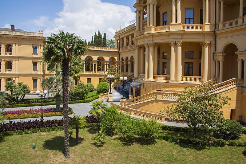 Klassieke arcitecturevilla stock afbeelding