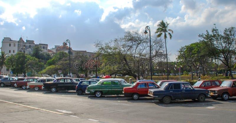Klassieke auto's de Zeldzame auto's in van Havana, Cuba in Havana stock foto