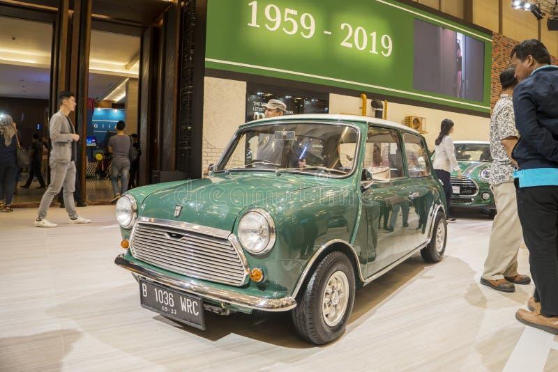 Klassieke auto van minikuiper bij GIIAS stock afbeeldingen