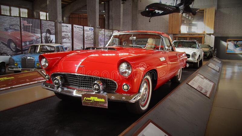Klassieke convertibele auto's royalty-vrije stock afbeelding