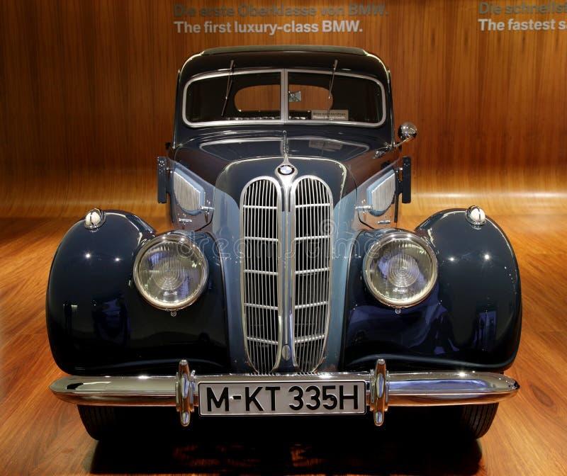 Klassieke de luxeauto van BMW royalty-vrije stock afbeeldingen