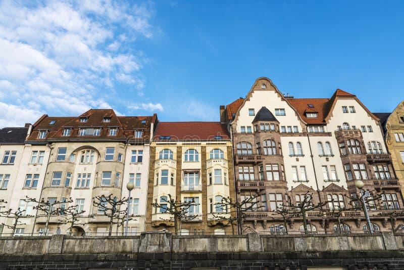 Klassieke huizen in Dusseldorf, Duitsland royalty-vrije stock foto's