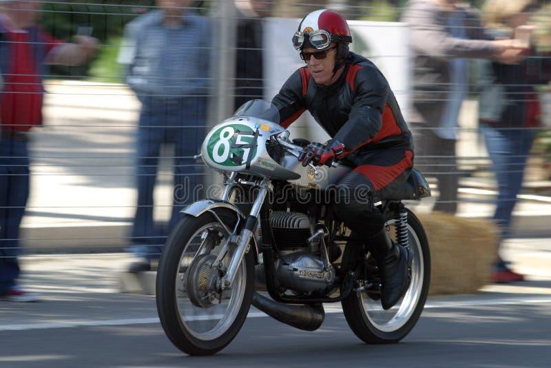 Klassieke motorfiets tijdens een tentoonstelling in Malaga royalty-vrije stock afbeeldingen