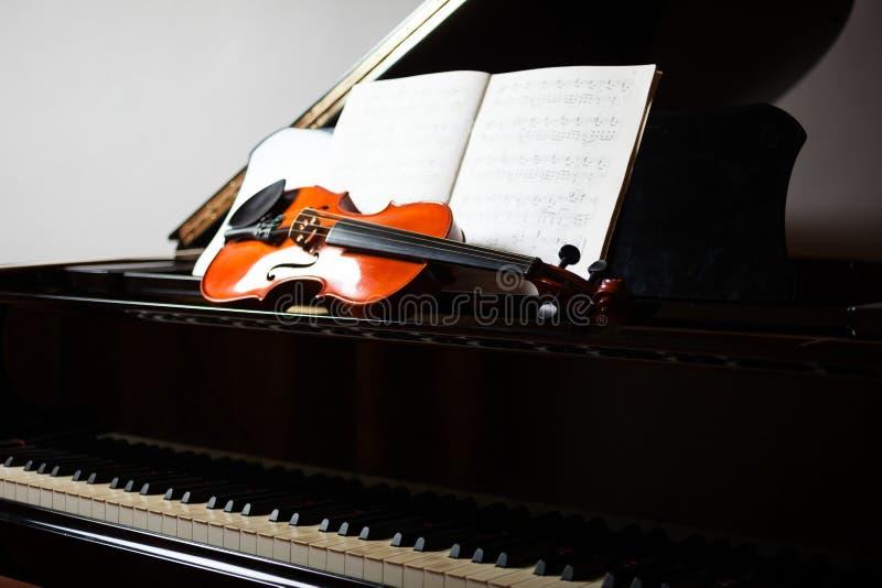 Klassieke muziekscène royalty-vrije stock afbeelding