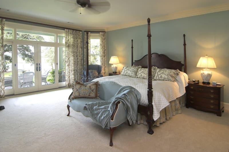 Klassieke slaapkamer royalty-vrije stock fotografie