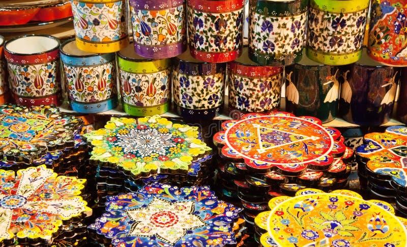 Klassieke Turkse keramiek op de markt royalty-vrije stock foto's