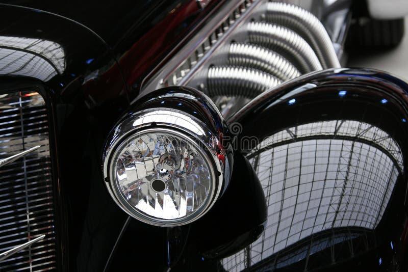 Klassieke Uitstekende Zwarte Auto stock fotografie