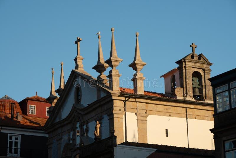 Klassikerkyrka i Porto royaltyfria bilder