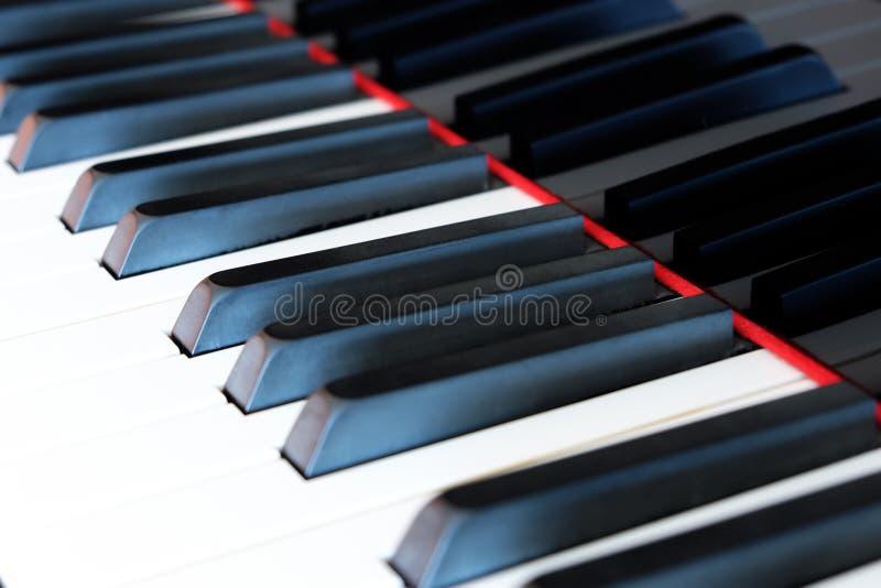 Klassische Klaviertastatur, Klavier befestigt Nahaufnahme lizenzfreie stockfotografie