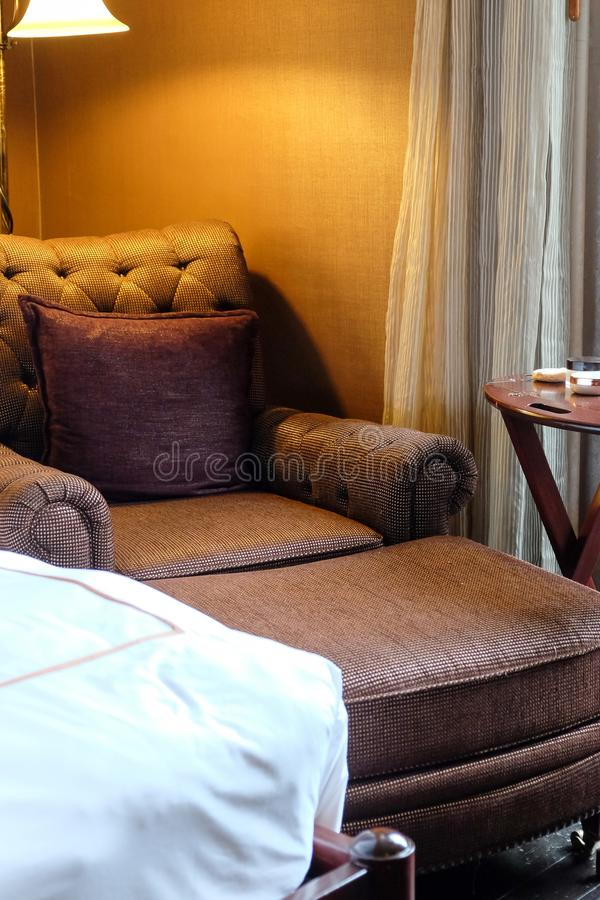 Klassische Stuhlart mit Kissen stockfoto