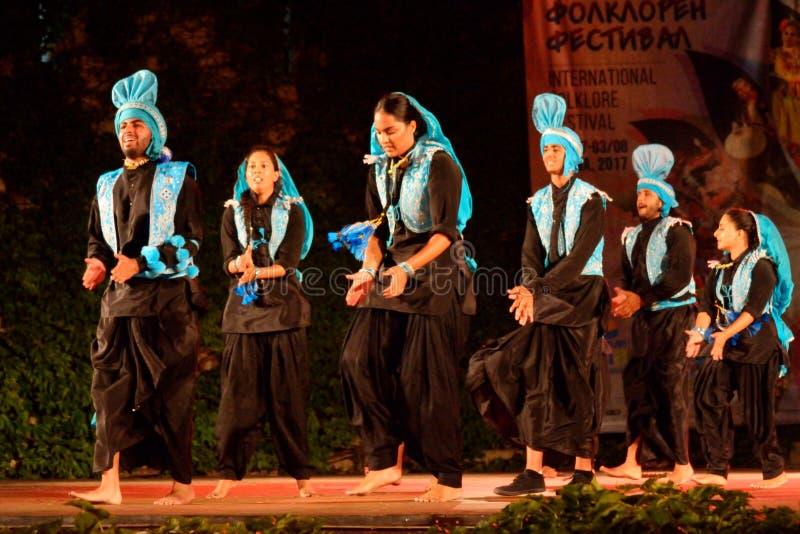 Klassische Tänzer der jungen Leute von Indien lizenzfreies stockfoto