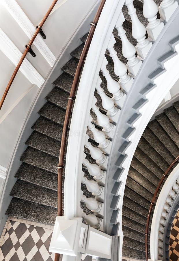 Klassische Treppen klassische treppen mit balusters fragment stockbild bild