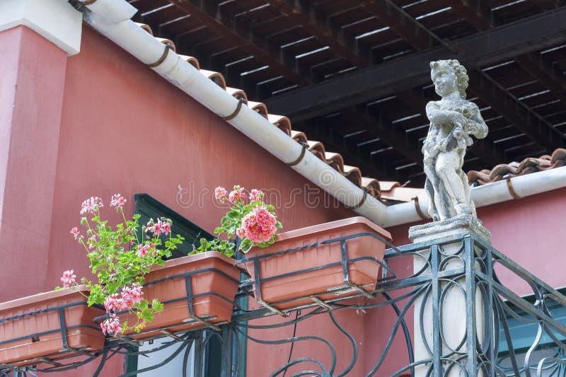 Klassischer Balkon stockfotos