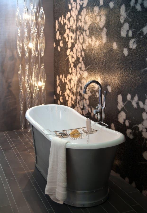 Klassisches Badezimmer lizenzfreie stockbilder