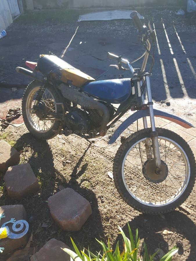 Klassisches Fahrradmotorrad lizenzfreies stockfoto