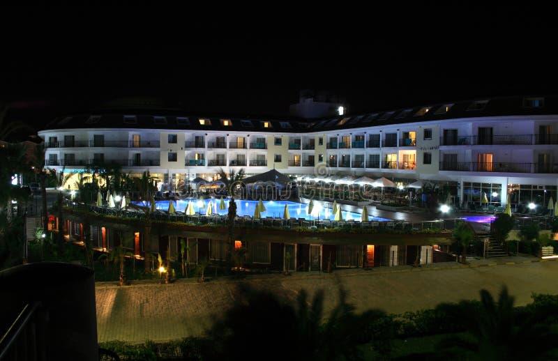 Download Klassisches Hotel stockbild. Bild von belichtet, scenics - 12202241