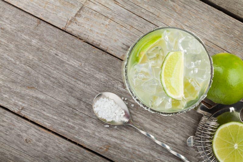 Klassisches Margaritacocktail mit salziger Kante lizenzfreies stockfoto