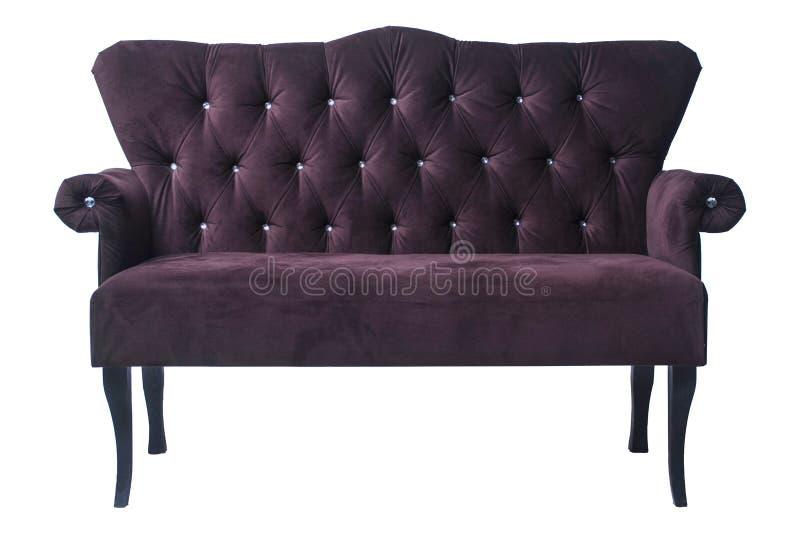 Klassisches Sofa des Samts auf weißem Hintergrund Antikes Sofaisolat lizenzfreie stockfotos