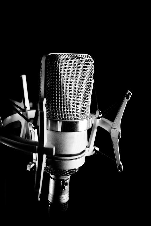 Klassisches Tonstudiomikrofon stockbilder
