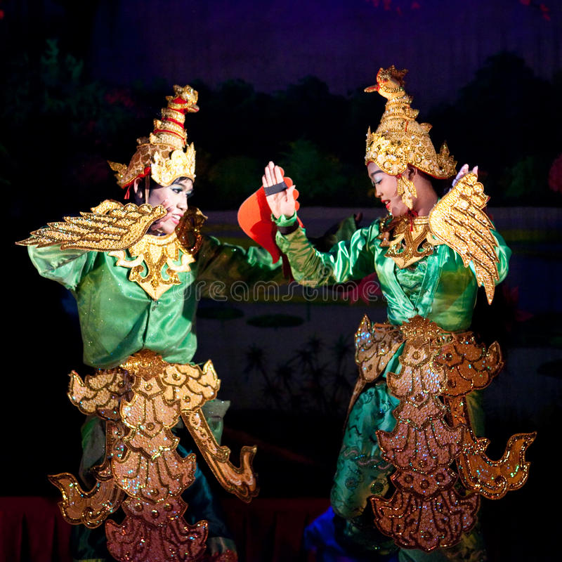 klassisk dans myanmar royaltyfri foto