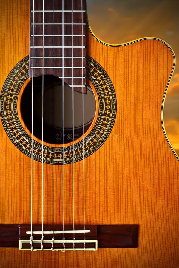 Download Klassisk gitarr arkivfoto. Bild av klassiskt, musikal - 19794014