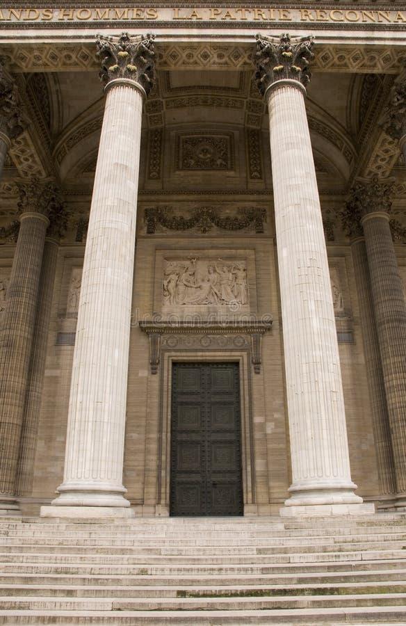 klassisk grotesk arkitektur arkivbilder