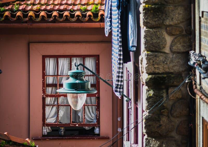 Klassisk husdetalj i Portugal royaltyfria foton