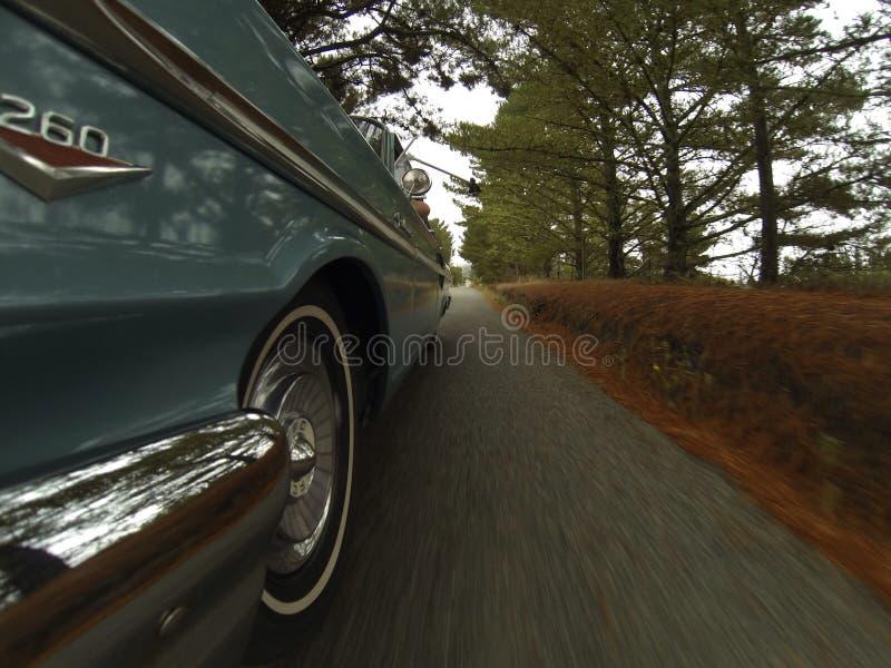 klassisk kryssning för bil royaltyfria bilder