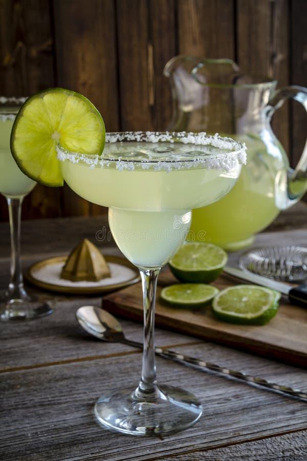 Klassisk limefrukt Margarita Drinks arkivfoton