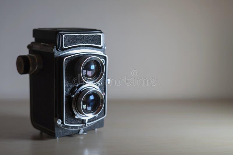 Klassisk parallell fotografikamera arkivbild