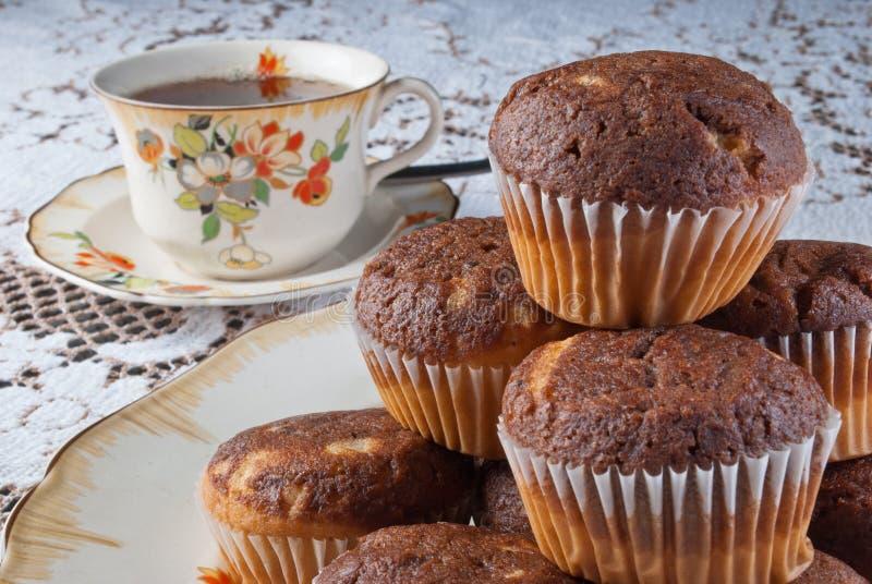 Klassisk tetid med muffin fotografering för bildbyråer